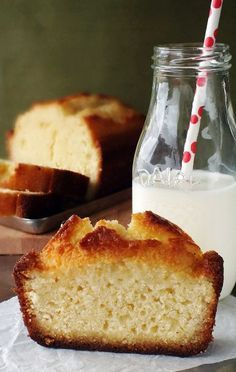 The Best Damn Lemon Cake (by Maida Heatter, from her book, Maida Heatter's New Book of Great Desserts)