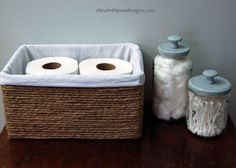 Do you throw away or recycle a lot of cardboard boxes? If you enjoy craft projects, then you can easily make a DIY storage basket from a cardboard box. Home Decor Hacks, Easy Home Decor, Cheap Home Decor, Decor Ideas, Diy Ideas, Craft Ideas, Diy Casa, Apartment Chic, Apartment Ideas
