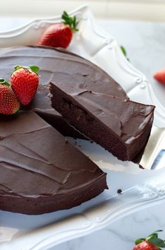 Keto Chocolate Cake with Ganache – All Day I Dream About Food – Low Carb Recipes Keto Chocolate Cake with Ganache Cut Keto Chocolate Cake – Low Carb Dessert, Gluten Free Food Cakes, Keto Desserts, Protein Desserts, Holiday Desserts, Health Desserts, Keto Snacks, Dessert Bars, Dessert Restaurant, Keto Postres