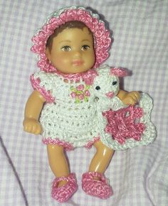Barbie Kelly, Barbie And Ken, Pet Clothes, Doll Clothes, Animal Clothes, Crochet Doll Pattern, Crochet Dolls, Crochet Kids Hats, Crochet Baby