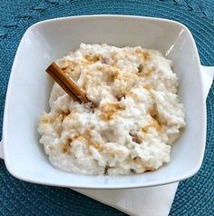 Coconut Milk Rice Pudding (dairy-free, gluten-free, vegan) substitute honey, agave, or maple syrup instead of raw sugar (simple snacks raw vegan) Brownie Desserts, Oreo Dessert, Coconut Dessert, Mini Desserts, Gluten Free Sweets, Vegan Sweets, Dairy Free Recipes, Vegan Gluten Free, Dairy Free Desserts