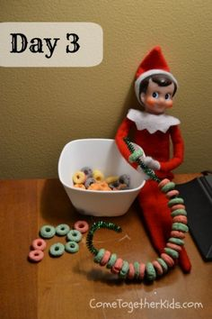 Top Elf on the Shelf Ideas (FREE printables!) - I Heart Naptime Top Elf on the Shelf Ideas (FREE printables!) - I Heart Naptime Elf on the Shelf Ideas (FREE printables!) - I Heart Naptime Top 50 of the BEST Elf on the Shelf ideas - So many fun ideas . Christmas Elf, All Things Christmas, Ideas For Christmas, Christmas Colors, Holiday Crafts, Holiday Fun, Der Elf, Elf Auf Dem Regal, Awesome Elf On The Shelf Ideas