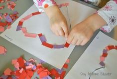 Fun and easy Montessori activity to refine Fine Motor Skills on Valentine's day :) #Montessori #FineMotorSkills #MontessoriActivity #DIY #ValentinesDay