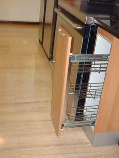 Ideas Para, Home Appliances, Metal, Furniture, Home Decor, Decorating Kitchen, Kitchens, American Kitchen, Home