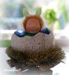 Puppen - Stoffpuppe Mini im Ei Ostern Immertreu - ein Designerstück von Immertreu bei DaWanda