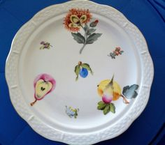 HEREND PORCELAIN DISH WITH FRUITS