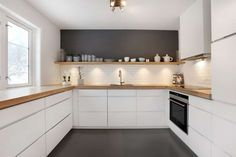 Een gietvloer | Wooninspiratie | Favorite Places & Spaces | Pinterest | Grå, Små køkkener og Køkkenideer