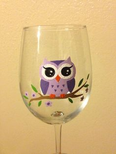 Hand painted owl wine glass by LesleeAnns on Etsy #paintedwineglasses