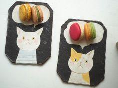 Makoto Kagoshima via Gallery Ceramic Clay, Porcelain Ceramics, Ceramic Plates, Ceramic Painting, Amaco Glazes, Pottery Animals, Kagoshima, Animal Magic, Plate Art