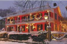 The Buxton Inn, Granville, Ohio (Ohio's oldest continuously operating inn--1812!!) Photo source unknown.