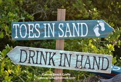 Beach Wedding Sign - Outdoor Beach Sign - Toes In Sand Drink In Hand - Rustic Directional Arrow Wood Signs - Yard Garden Lawn Bar Stake Post Decor - Handpainted