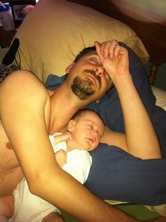 Cosleeping and bed sharing families.