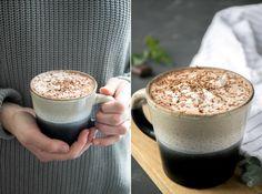 Recept voor de lekkerste vegan warme chocolademelk met makkelijke kokosslagroom