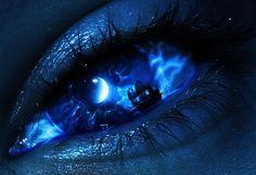 Everyone deserves a perfect world! Pretty Eyes, Cool Eyes, Beautiful Eyes, Aesthetic Eyes, Blue Aesthetic, Regard Animal, Eyes Artwork, Crazy Eyes, Magic Eyes
