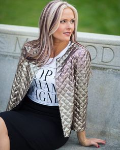 This date-night worthy jacket is going to take me right into spring☀ #windsor #forever #forever21 #tandjglam #whatiwore #madetokeep #currentlywearing #lookbook #look #style #fashion #ootdfash #wiw #fblogger #details #windsorgirl #datenight #springfashion #styleblogger #likeit #instagood #shopstyleit #fashionblogger #fashionista #lookoftheday #bestoftheday #instafashion #tandjglam #streetstyle #glam #chic