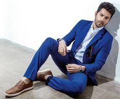 Varun Dhawan ︿( ̄︶ ̄)︿ ( Indian Celebrities, Bollywood Celebrities, Bollywood Actress, Bollywood Couples, Bollywood Fashion, Varun Dhawan Instagram, Alia And Varun, Varun Dhawan Wallpaper, Indian Star