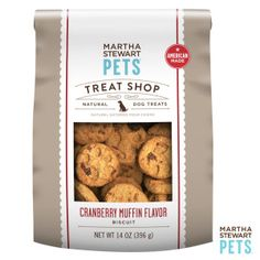 #AmericanMade #MarthaStewartPets Treat Shop | Natural Cranberry Muffin Dog Treat only @petsmartcorp