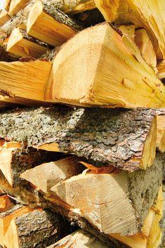 Entdecken Sie unsere liebevollen Details... #klockerhof #familiekoch #dashotelfürentdecker #zugspitzarena #tirol Firewood, Ad Home, Cooking, Woodburning