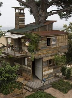 WOW!!! That's a tree house!!