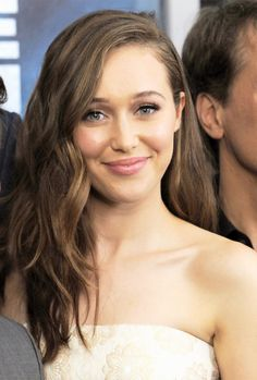"Alycia ""always the gorgeous"" Debnam-Carey"