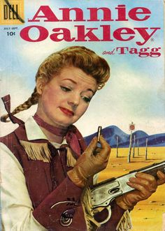 Gail Davis as Annie Oakley -- did you know Davis was a sharpshooter, an equestrian and a role model for girls in the Yes! Old Comic Books, Vintage Comic Books, Vintage Comics, Comic Book Covers, Annie Oakley, Western Comics, Mae West, Cow Girl, Virginia Grey