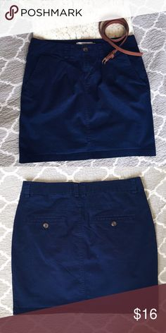 Navy Blue Skirt short navy blue skirt. nice thin material. never worn. H&M Skirts Mini