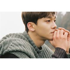 Chen - April, and a flower Chanyeol, Exo Chen, Kyungsoo, Kai, Exo 2014, Exo Facts, Exo Official, Beauty Forever, Kim Jongdae