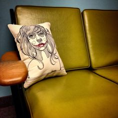 Art pillow Sketches, Throw Pillows, Animals, Art, Drawings, Art Background, Cushions, Animaux, Decorative Pillows
