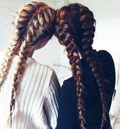 hair, friends, and braid εικόνα