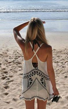 Beach wear. Love the back and designs! #yoga #findyouryoga www.yogatraveltree.com