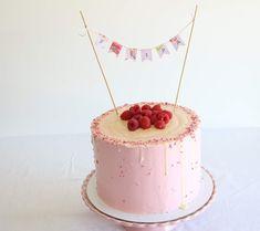 Blog Sweet Lime: Girly cake Birthday Decorations, Birthday Ideas, Birthday Cake, Sweet Lime, Girly Cakes, Lime Cake, Cake Decorating, Desserts, Blog