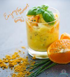 Fruity -Chickensalad / Fruchtiger Geflügelsalat mit Curry.