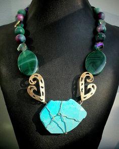 Hermoso #collar #necklace en #agatasfaceteadas #agatas #turquesas #bysimmonds #joyasdeautor