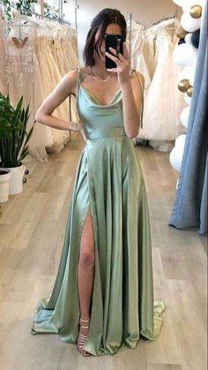 Sage Bridesmaid Dresses, Green Wedding Dresses, Bridesmade Dresses, Grad Dresses, Ball Dresses, Ball Gowns, Short Prom Dresses, Green Formal Dresses, Princess Prom Dresses