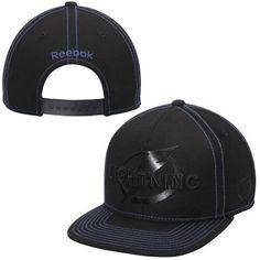 01453909 Men's Tampa Bay Lightning Reebok Black Cross Check Snapback Hat