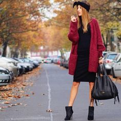 Winter Fashion Outfits 2020 – How can I look stylish in winter clothes? Winter Mode Outfits, Winter Fashion Outfits, Red Fashion, Autumn Winter Fashion, Casual Outfits, Womens Fashion, Fall Fashion, Street Fashion, Fashion Ideas