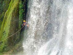 Rapel cascada en Mil cascadas Guerrero, México