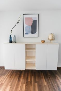 IKEA-Hack: sideboard for the dining room IKEA-Hack: Sideboard für das Esszimmer IKEA hack: easily build an individual wall shelf from two Metod cabinets and a little bit of wood. Ikea Closet Hack, Ikea Hack Bedroom, Diy Home Decor Bedroom, Bedroom Furniture, Ikea Dining Room, Kitchen Ikea, Ikea Hack Kids, Ivar Ikea Hack, Diy Kitchen Projects