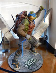 Leonardo Teenage Mutant Ninja Turtles: Out of the Shadows statue