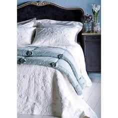 Magnolia Bedspread in cool whites paired with charcoal and bird's egg blue