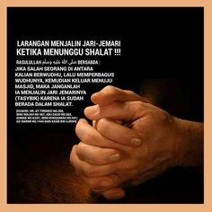 Follow IG @NasihatSahabatCom http://nasihatsahabat.com #nasihatsahabat #mutiarasunnah #motivasiIslami #petuahulama #hadist #hadits #nasihatulama #fatwaulama #akhlak #akhlaq #sunnah #salafiyah #adabIslami #muslimah #ManhajSalaf #Alhaq #dakwahsunnah #Islam #ahlussunnah #tauhid #Alquran #kajiansunnah #salafy #tasybik #tashbik #hukum #adabIslami #adabsebelumshalat #adabmenunggushalat #larangantasybik #dilarangtasybik #jalinjarijemari #menjalinjarijemari #sebelumshalat #sesudahshalat…