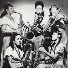 International Sweethearts of Rhythm, The First All Women Integrated Band in the U. 1940 Music, Music Stuff, Music Songs, Vintage Saxophones, Saxophone Players, Band Photos, Custom Guitars, Gibson Les Paul, Van Halen