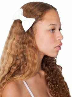 Get It now American Apparel Small Bow Hair Clip - Antique Ivory / One Size,