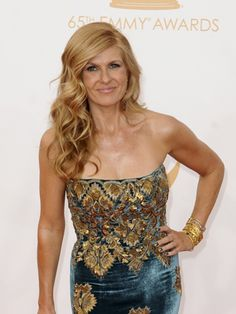 Connie Britton in teal and gold (lovely, yet unexpected combination!) at the 2013 Primetime Emmy Awards.