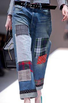 15 Ideas For Sewing Diy Jeans Diy Jeans, Men's Jeans, Patchwork Denim, Denim Quilts, Diy Vetement, Mode Jeans, Denim Ideas, Refashioning, Patched Jeans