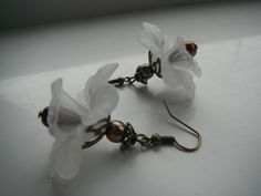 Earrings White and Bronze large flower  £4.50