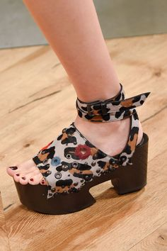 """Pin for Later: The Spring '16 Catwalk Shows That Had Us Like """"OMG, Shoes""""  Bottega Veneta Spring '16"""
