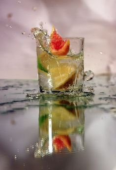 Citrus Glass Motion Photography, Glass Photography, Photography Tips, Fast Shutter Speed, Water Droplets, Commercial Photography, Lightbox, Crisp, Photoshop