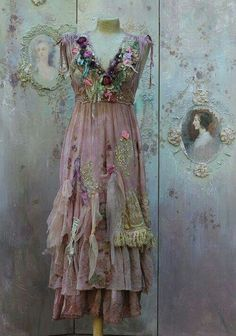 Gypsy Style, Bohemian Style, Boho Chic, Boho Gypsy, Bohemian Skirt, Bohemian Dresses, Boho Dress, Vintage Dresses, Vintage Outfits