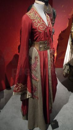 Game of Thrones Cosplay Cersei Lannister Dress Red Embroidered Costumes